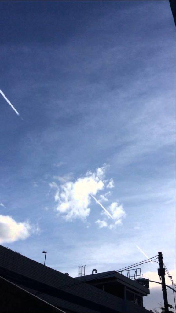 東京23区内でケムトレイルが散布されている様子③ (Chemtrail -Tokyo Sky)