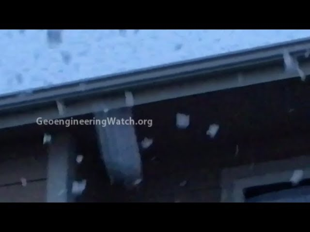 """Massive """"Snowflakes"""", A Sign Of Chemical Ice Nucleation ( Dane Wigington Geoengineering Watch )"""