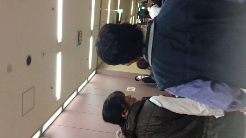 不正選挙裁判 20161202 午後の部 4F廊下