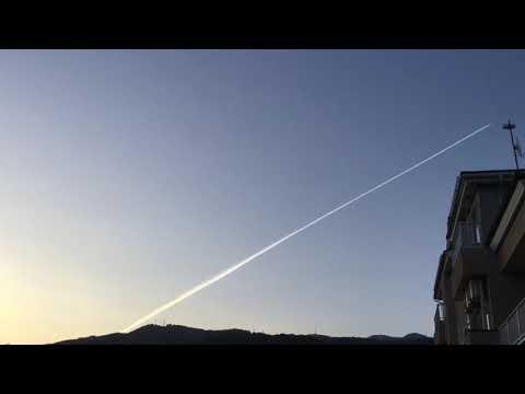〔2019.5.17.山形市〕夜明け前からケムトレイル(考察:これほど明らかなケムトレイルの証拠を目の前にしながら、なぜ一般大衆はケムトレイルの存在に気づかないのか①)