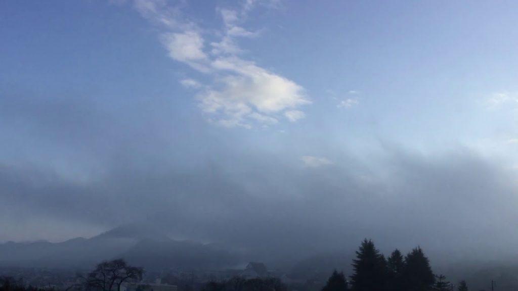 ★異常気象の深層③★新たに出現したケムトレイル&黒い霧(解説:オーストラリアで頻発する砂嵐と灰色の人工雲の関連について)