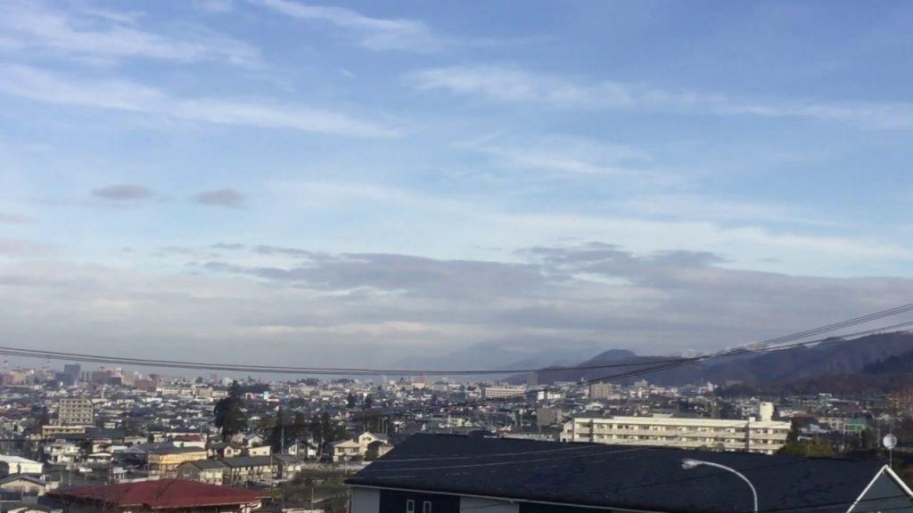 〔2019.12.7山形市〕灰色の人工雲とケムトレイルの痕跡