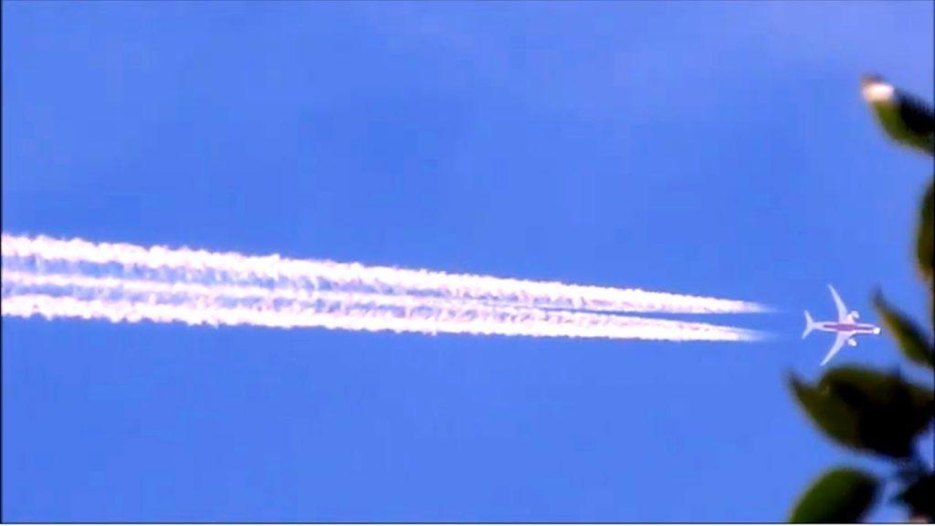 2019.10.20(日)航雲を疑え!気象操作担うケムトレイル機たち。