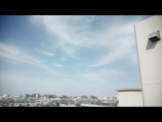 天高く巻雲筋雲、ケムトレイル本日はFedExとJeju Airが撒いてました! 2019.4.18