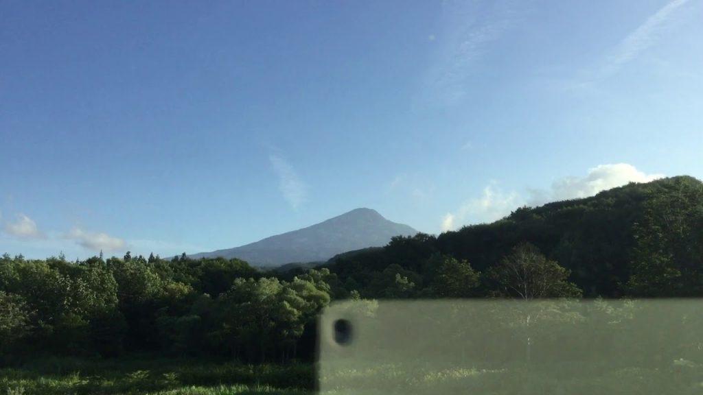 〔2019.8.10@鳥海山の麓〕日本中どこにもケムトレイルのない空はない